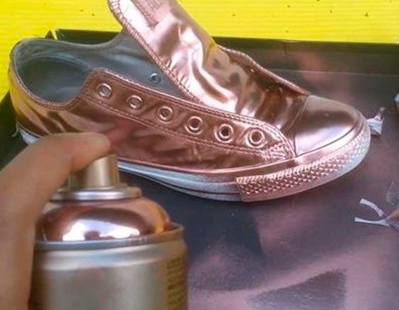 gullspray sko